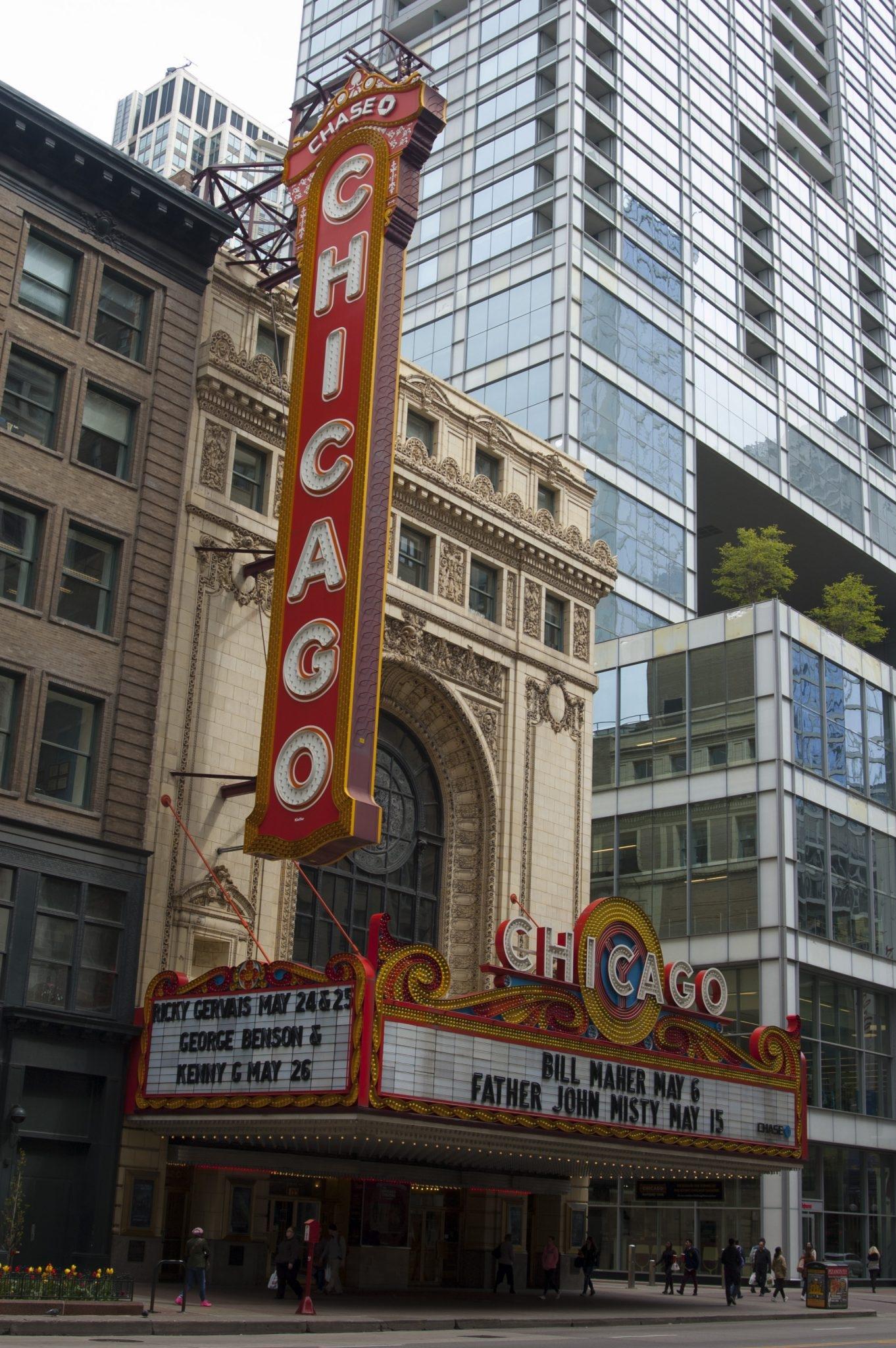 Chicago Theater Przewodnik po Chicago atrakcje zwiedzanie co zobaczyć