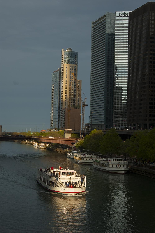 Chicago River Chicago Magnificent Mile Przewodnik po Chicago atrakcje zwiedzanie co zobaczyć