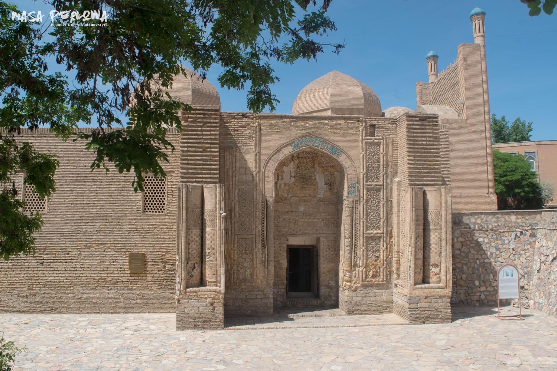 Wybudowany w XII wieku meczet Maghoki-Attar